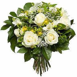 Bouquet de fleurs blanches et roses for Bouquet de fleurs jaunes